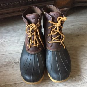 Sperry Boots size 10
